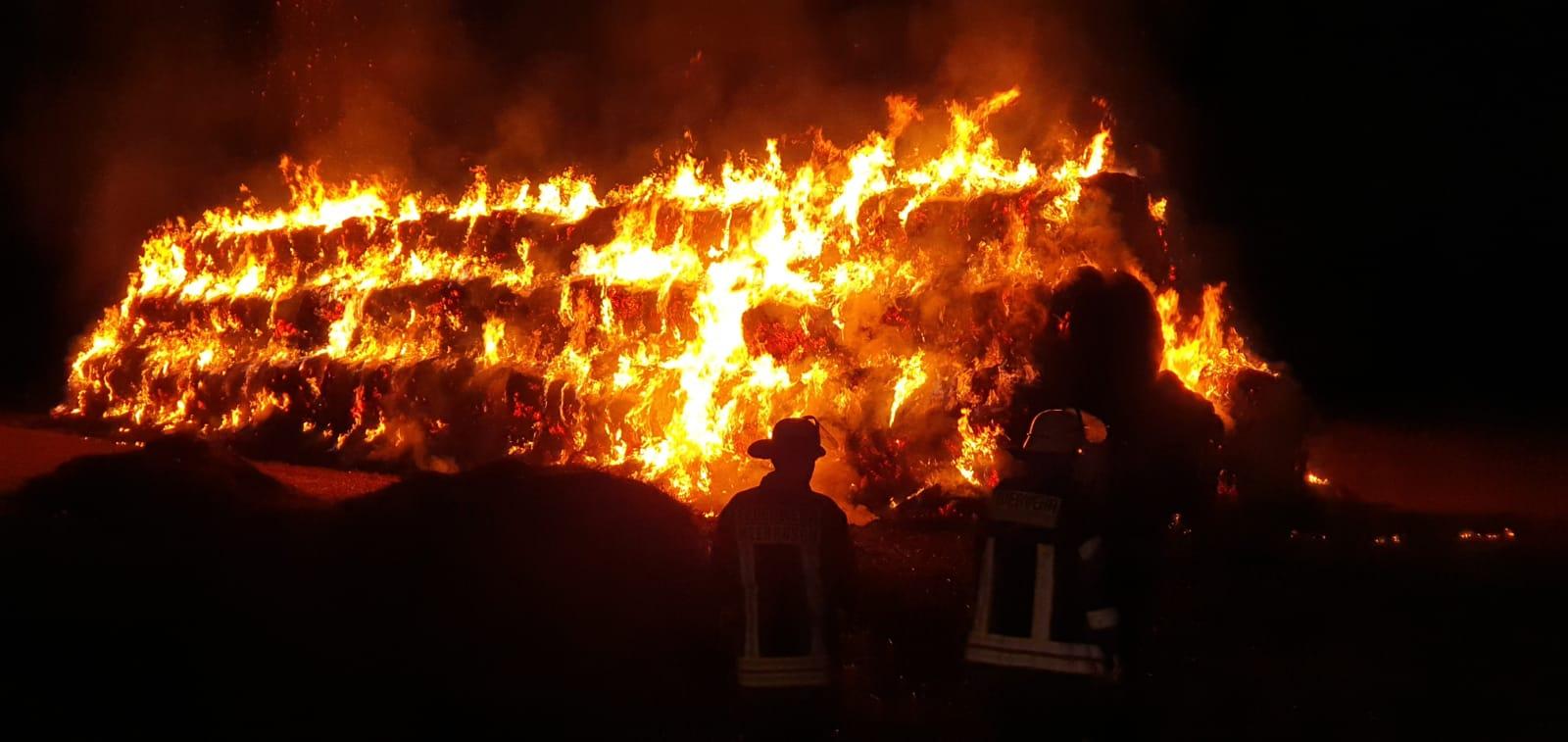 Strohmietenbrand in Langst-Kierst am 15.09.2019